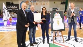 Andrzej Pstrokoński uhonorowany przez koszykarską Legię (VIDEO)